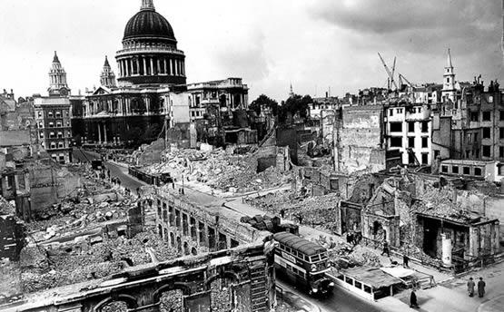 Imagen de Londres después de un bombardeo