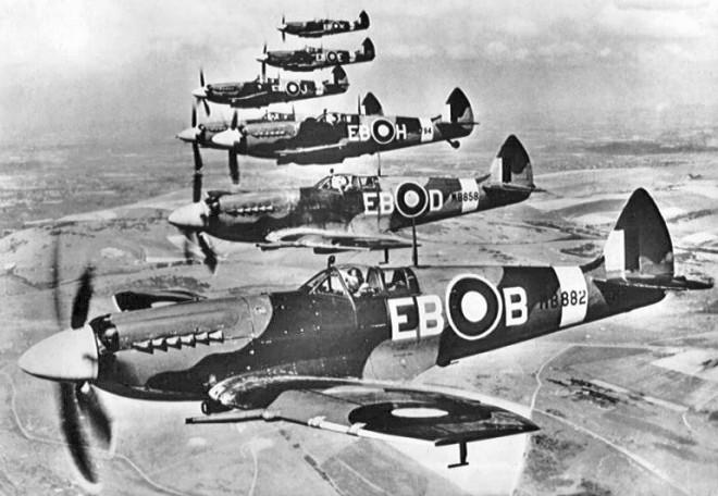 Aviones de la Real Fuerza Aérea británica (RAF).