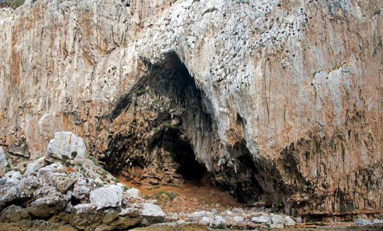 Cueva de Gorham en Gibraltar. / CLIVE FINLAYSON