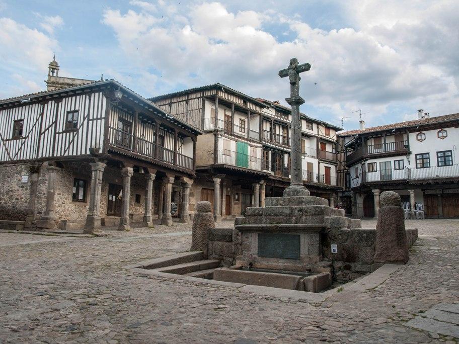 Lugares con historia la alberca salamanca gora for Alberca pueblo de salamanca