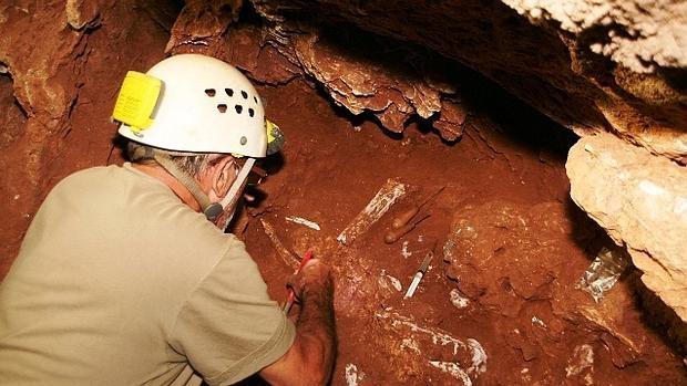 Trabajos en Cueva Victoria, en Cartagena - UB